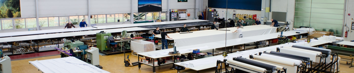 Custom Projection Screen Manufacturing