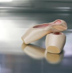 Plesni (baletni) pod VARIO MET, dolžina role: 30 m