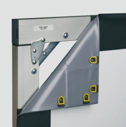 VarioClip® - Projekční stěna pro přední projekci s černým maskováním, montáž na zeď.