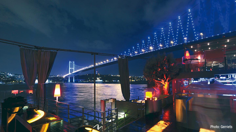 2010-reina-club-istanbul-1.jpg