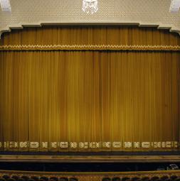 2015-opernhaus-tiflis-small.jpg