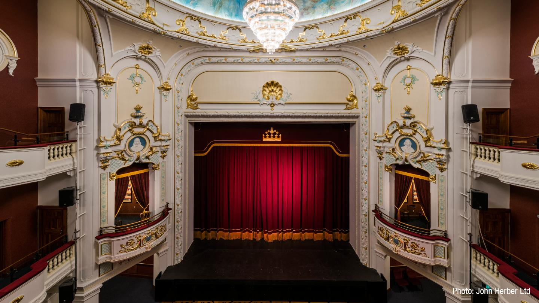 2016-isaac-theatre-2.jpg