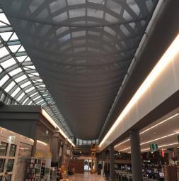 2016-gat-merkur-markt-skylight-small.jpg