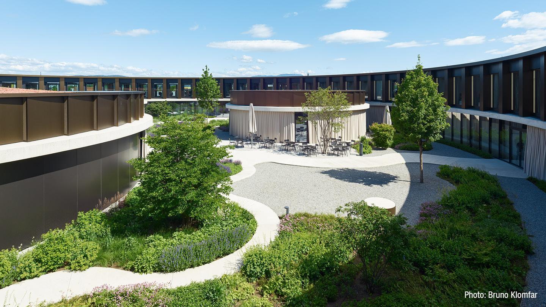 2020-gat-feldkirch-legero-united-campus-skylight-vorhangschiene-trumpf95-3.jpg
