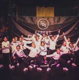 gw-PL-street-dance-story-tanzboden-small.jpg